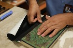 'Quran Binding' Workshop Underway in Gaza